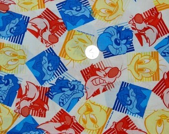 FQ OOP Looney Tunes - Vintage Fabric VHTF 18 inches x 22 inches
