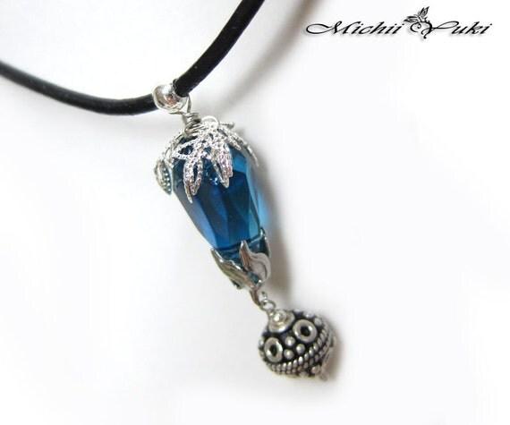 Fang Blue Crystal Necklace Final Fantasy 13