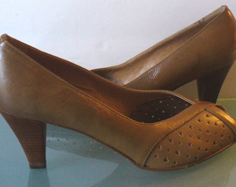 Vintage Pappagallo Made in Italy Open Toed Shoes Size 8.5M