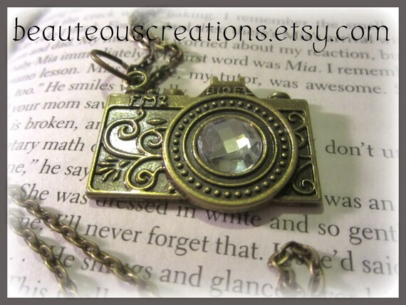 A Picture is Worth a Thousand Words Necklace (large pendant)