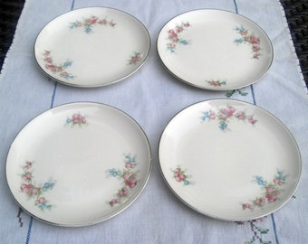 Taylor Smith Taylor Versatile Shape - TST281 Pink and Blue Floral Pattern - Set of 4 Bread and Butter Plates