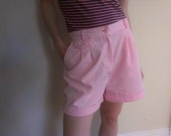 80s vintage women's medium pink high waist pleated shorts