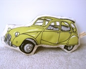 2CV style car soft toy green