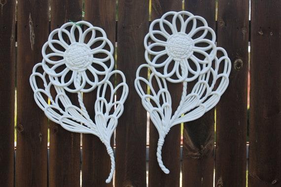 Set of 2 Lg. Vtg. Ornate Daisy Flowers Cottage Chic White  Burwood 1978