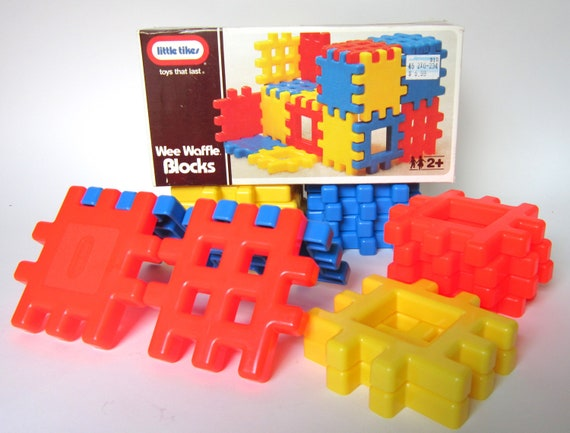 Vintage Little Tikes Wee Waffle Blocks No. 0510