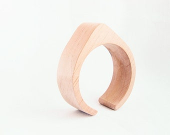 30 mm Wooden cuff unfinished drop shape - natural eco friendly TA30O
