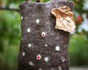 Dotted brown felt wool tote