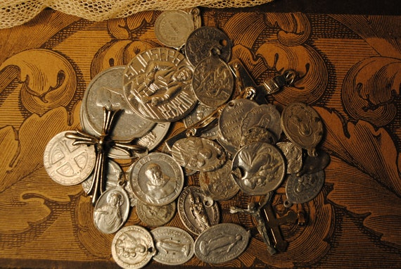 36 pieces collection of antique vintage religious SCRAP medals for art, altered art, crafts, supplies jewelry , mother mary love no 35