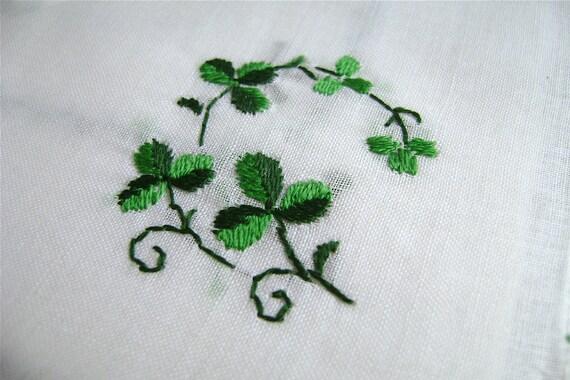 Vintage Irish Handkerchief, Embroidered Handkerchief, Hand Embroidered, Shamrocks, Irish Lace, Cotton hankie, Set of 2, ladies handkerchiefs