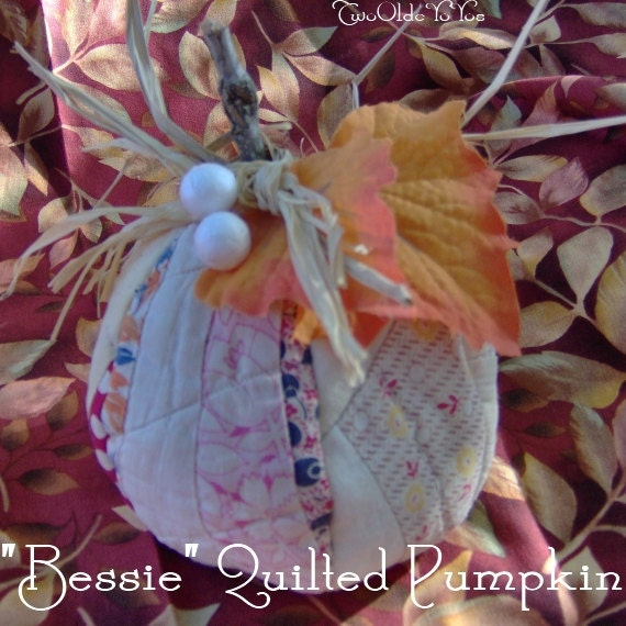 Small Vintage QUILT PUMPKIN Named Sweet Little Bessie Home Cabin Cottage RV Dorm Holiday Decor Gift