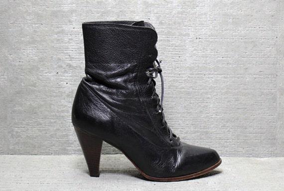 Vtg 80s Black Avant Garde Leather Scallop Boho Granny Boots 10