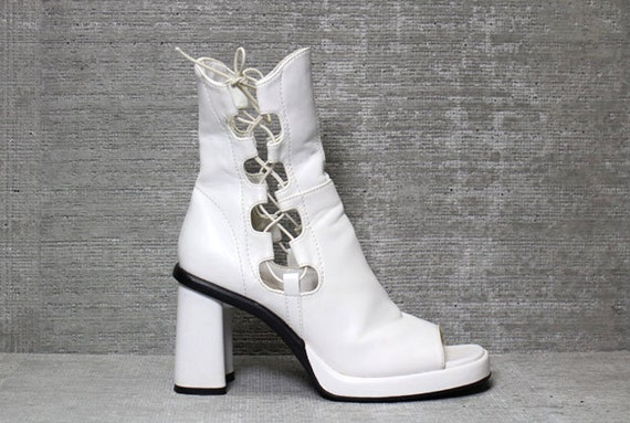 Vtg 90s White Cut Out Chunky Platform Peep Toe Ankle Boots 7 7.5 M