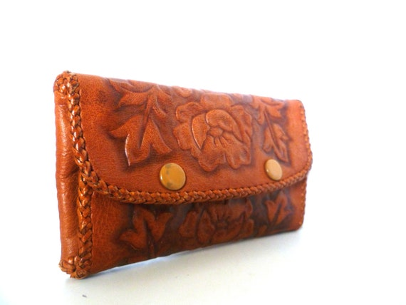 VINTAGE Unique Tooled Leather Sewing Wallet Clutch