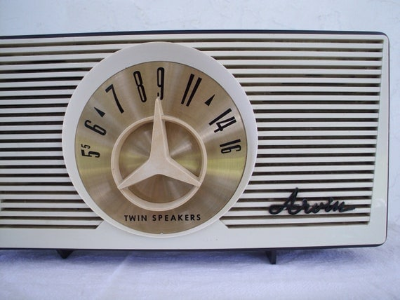 MCM 1950's Arvin Table Top AM Radio Cool Dial Design Works Great
