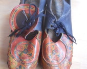 Amazing vintage clogs wooden platform beautiful ethnic leather design 1970s psychedelic funky
