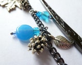 Blue Glass Bead Flower Patterned Bookmark with Leaf and Pinecone Metal Charms.