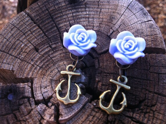 Lovely Pastel Violet Cabochon Flower with Bronze Anchor Earrings