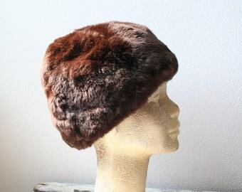 """Vintage fur hat, deep hat, size 22.5"""" (57cm), contemporary fashion, women's fashion"""
