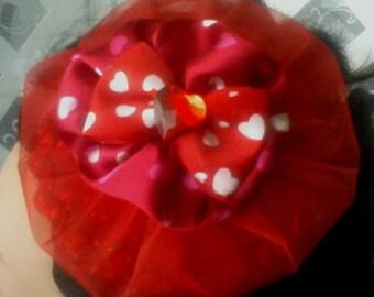 Rockabilly red heart hat