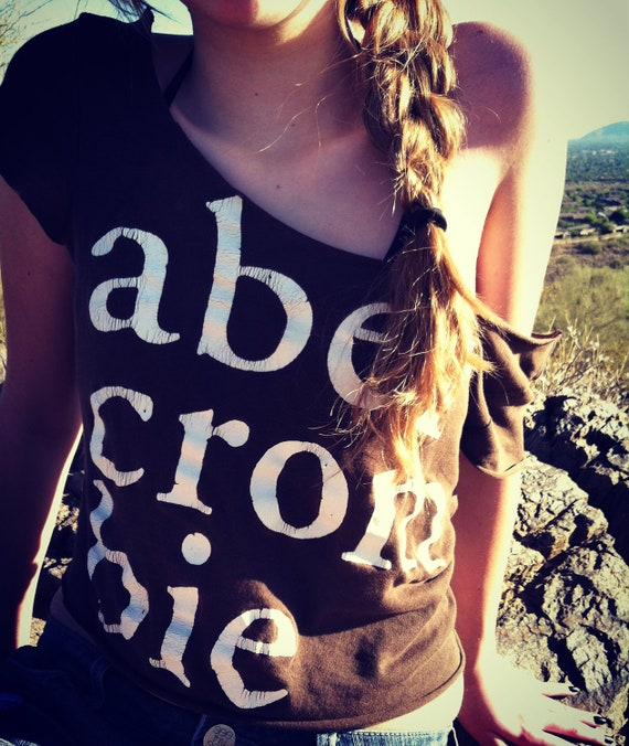 Abercrombie off the Shoulder Cropped Tee