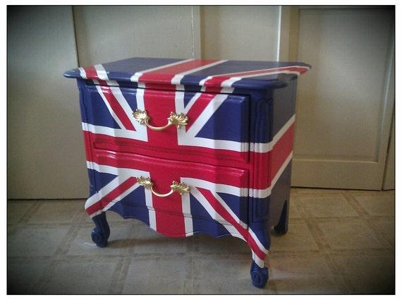 Vintage Refurbished Hand-painted Union Jack British Flag Nightstand End Table