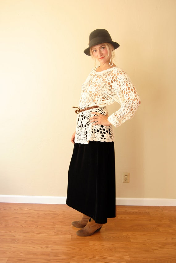 Vintage 1970s 1980s 1990s crochet top, crochet long sleeve top, hippie boho top, xs/s/m