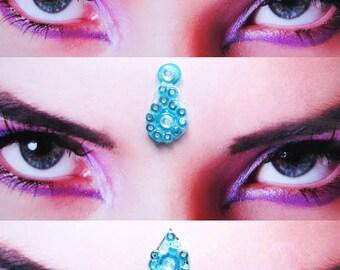 Bindi set of six ocean turkoois blue bindi's from beads and white rhinestones. Tribal fusion bellydance, Hindu woman face decoration
