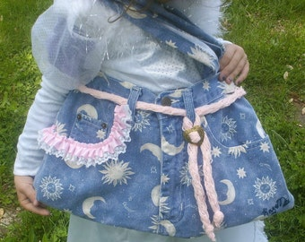 Purse - Designed -  Moo n Star n Pink -  Prpule Satin - Gold Hart - OOAK