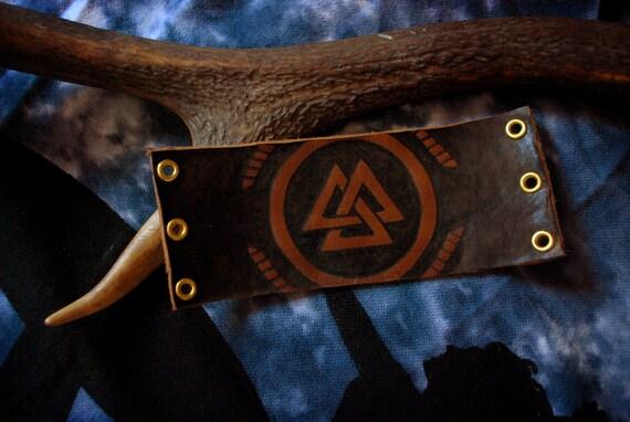 Valknut Futhark leather bracelet/armband