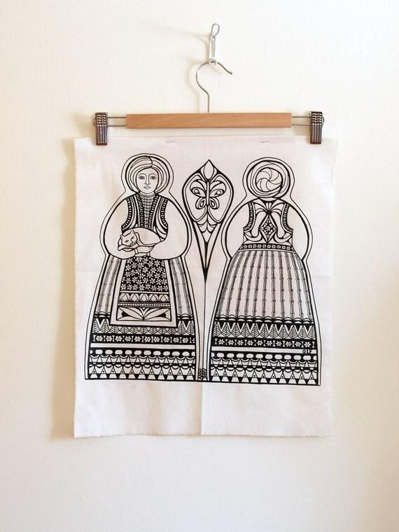 Vintage cat and matryoshka pillow pattern