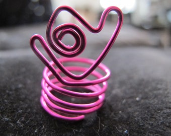 Ring wire wrapped heart ring in hot pink fuchsia for girls and kids, children's ring