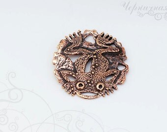 Toad pendant, frog, amphibian, jewellery findings, antique bronze, primitive artwork 0903(1). Designed and made by Anna Bronze