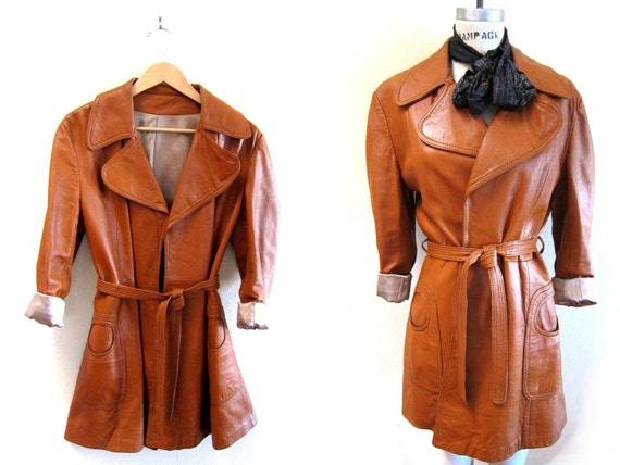 Vintage 1970s Funky Cool Retro Leather Mod Fully Lined Trench Coat Jacket