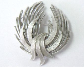 Vintage TRIFARI Silver Tone Ribbon Wings Brooch