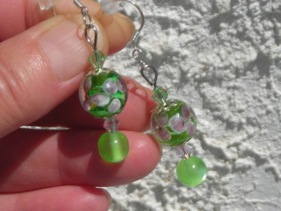 Lilac ORCHID MURANO glass capped beads & green lime and pink Swarovski crystal beads, cat's eye earrings.