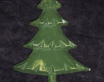 Resin pine tree craft piece,ornament to embellish or decorate,pre-painted w green base coat,woodsy,Christmas