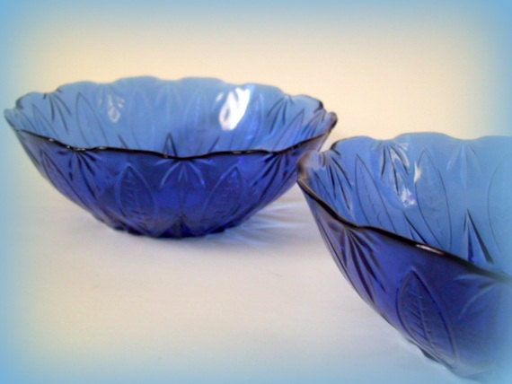 Vintage Avon Sapphire Cobalt Blue Glass Bowls Discontinued