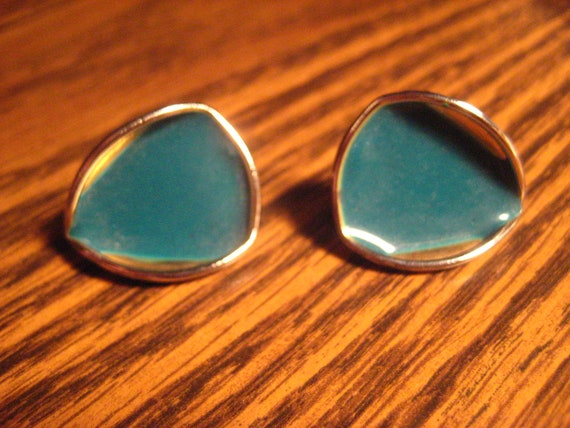 SALE Vintage teal & gold-tone rounded triangular stud earrings