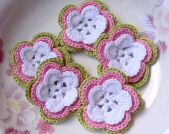5 Crochet Flowers In White, Pink, Green YH-032-03