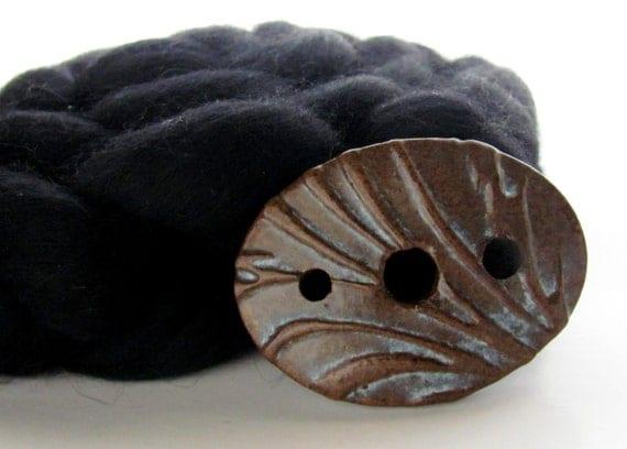 Handmade Ceramic Diz