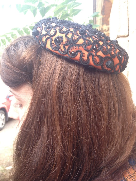 1950's Very Pretty Copper Color and Black Sequined Florice Hat