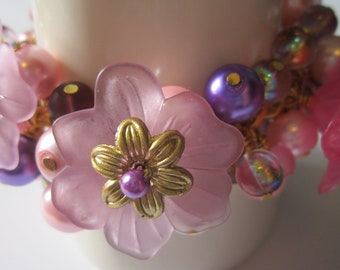Purple & Pink 'Blossom bracelet with pearls and lucite flowers