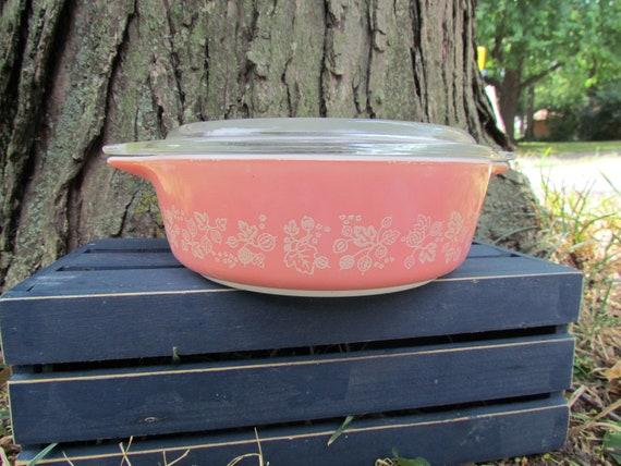 Retro Pink Pyrex Casseole Dish