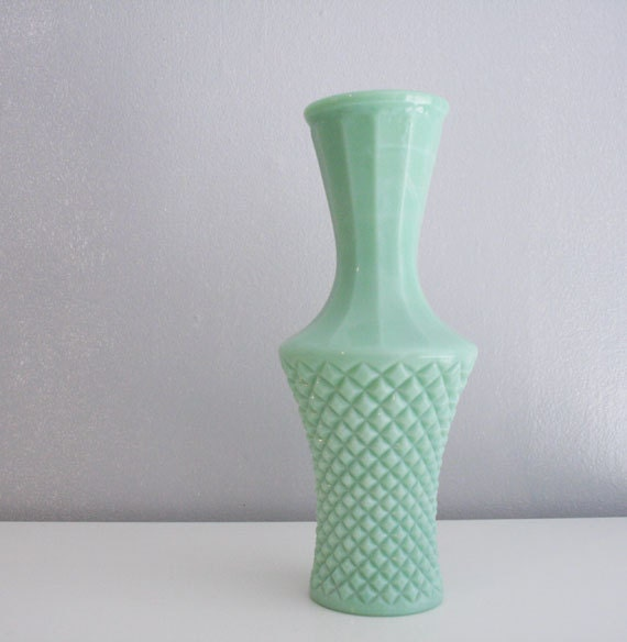 Vintage Jadeite vase-diamond pattern-mint coloured vase-home decor