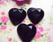 10pcs Black heart resin cabochon 25mm