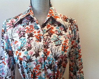 The Delightful Blouse - 60s Psychedelic Floral Print Blouse with hues of Orange, Brown & Blue - Perfect for Fall Size Small Medium