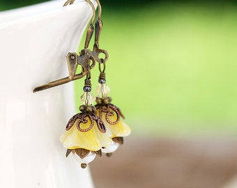 Yellow Flower Earrings, Floral jewelry, Beaded Earrings, Glass Flower Earrings, Nature lover gift, by MayaHoney