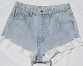 High Waisted Guess Jeans With White Lace Trim