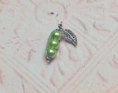 Pea Pod Wire Wrapped Pendant Green