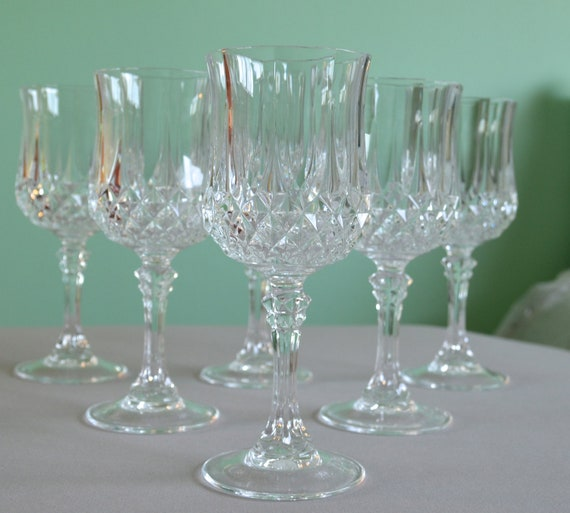 Set of 6 Cut Crystal Wine Glasses in Diamond Pattern